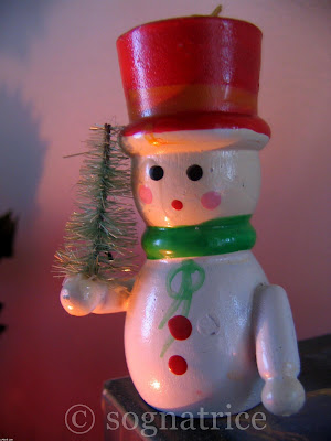 Old-Fashioned Wooden Snowman