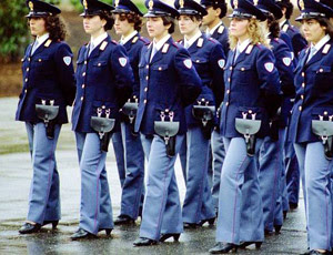 italian policewomen in shoes that fit
