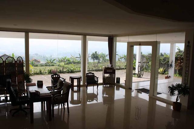Tempat Gathering di Lembang | Villa Venetys Lembang, Pake Family Gathering di Lembang, Paket Family Gathering di Bandung, Paket Company gathering di lembang, Paket Company Gathering di Bandung, Villa di lembang, Hotel di Lembang