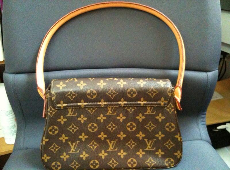 Louis Vuitton Mini Looping Handbag Monogram Lv Nice Usd180 00 Or Best Offer Canvas Authentic
