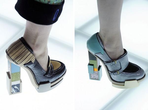[balenciagas-fw-2010-footwear-details_2-600x446.jpg]