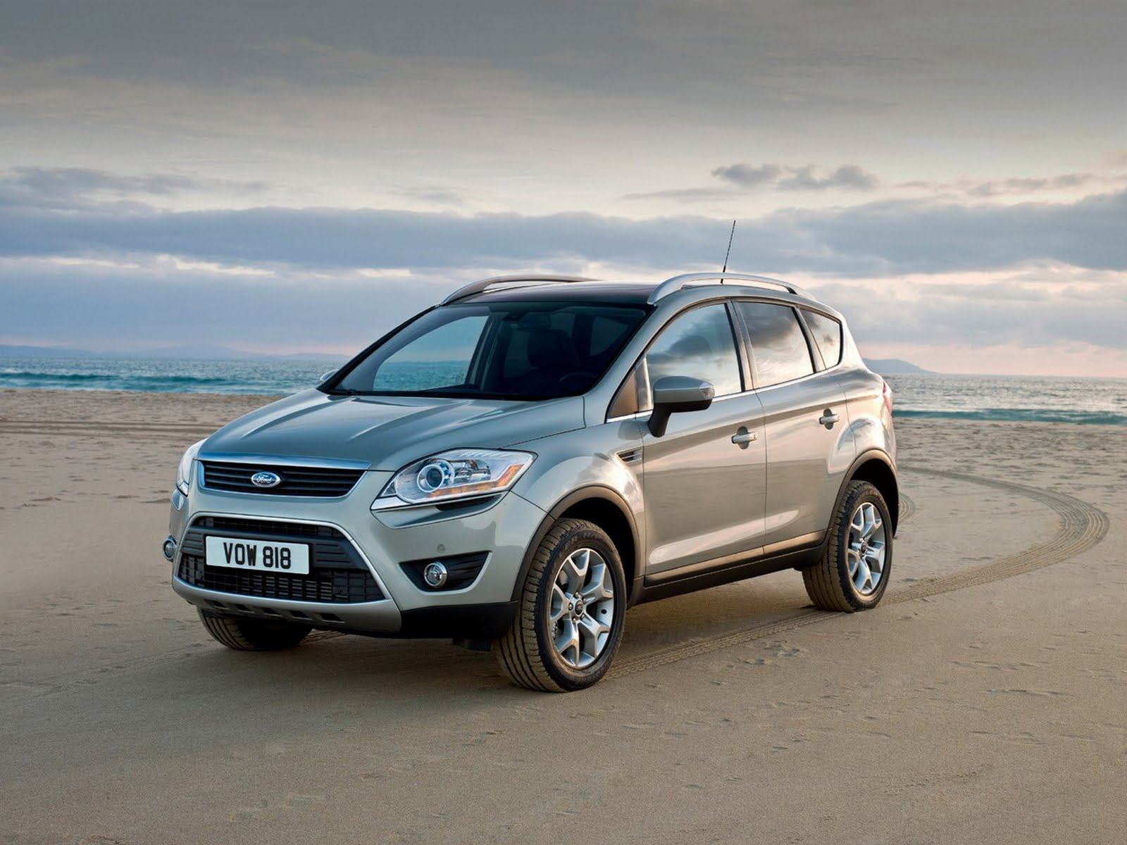 2012 ford kuga features and price automobile reviews. Black Bedroom Furniture Sets. Home Design Ideas