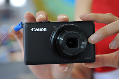 Canon S95 review - Rich feature for general people