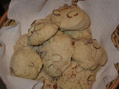 Low Fat-Low Sugar Almond Scones