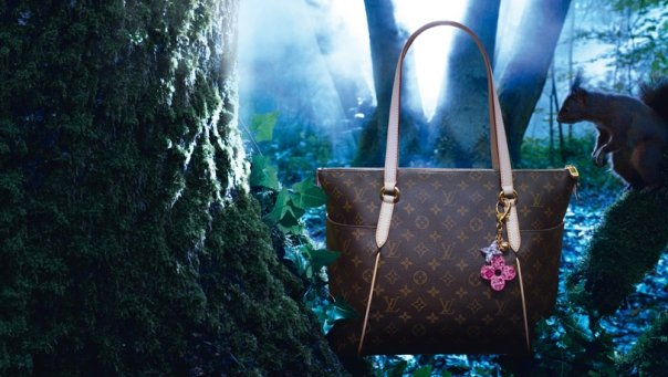 Vuitton Christmas on Louis Vuitton Mon Monogram In Lvoe With