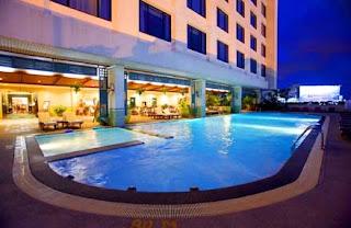 New Look of the Swimming Pool at Radisson Hotel Bangkok