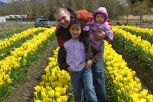 Nathan and his daughters