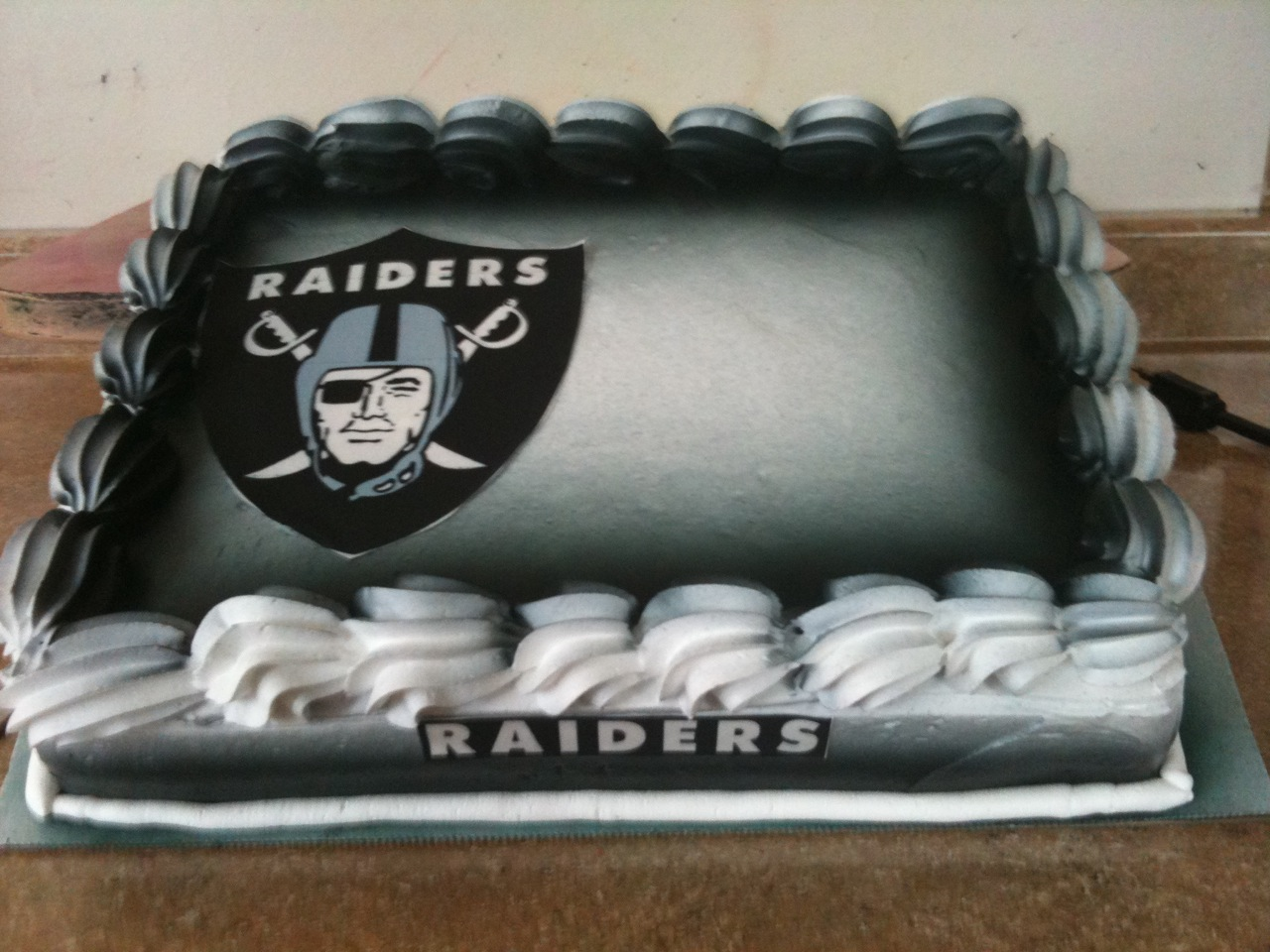 Hector S Custom Cakes Raiders Cake
