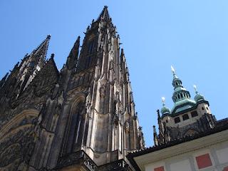 Las agujas de la catedral de San Vito