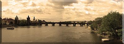 Vistas del Puente de Carlos IV