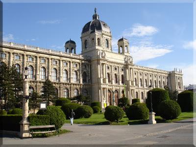 Uno de los edificios del Holfburg