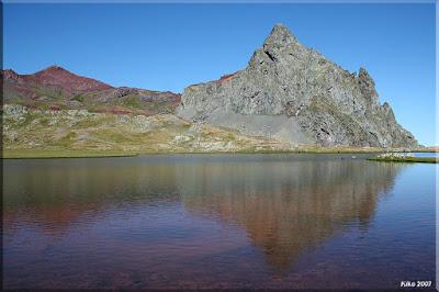 Vertice y Pico de Anayet desde el Ibón