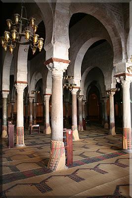 Columnas en la Sala de Oraciones de la Gran Mezquita