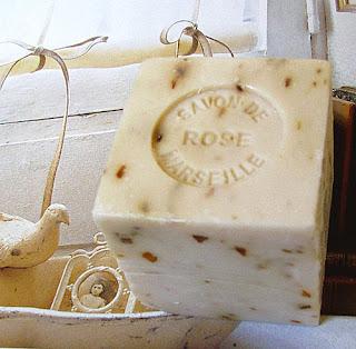 mydło marsylskie różane
