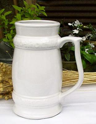kufel ceramiczny w stylu retro