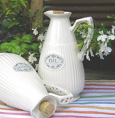 ceramika ażurowa - butelki na ocet i oliwę