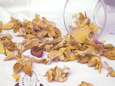 suszone płatki róż do pot-pourri