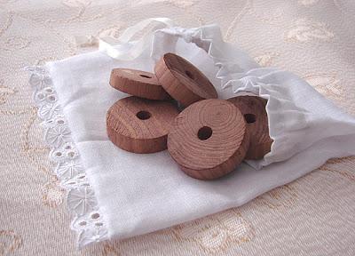 kółeczka z drewna cedrowego