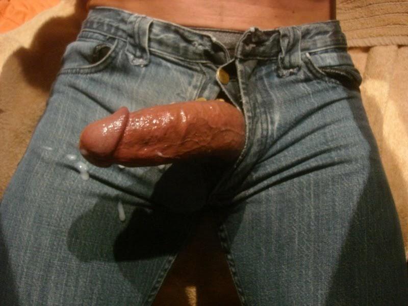 Хуй в штанах и в трусах
