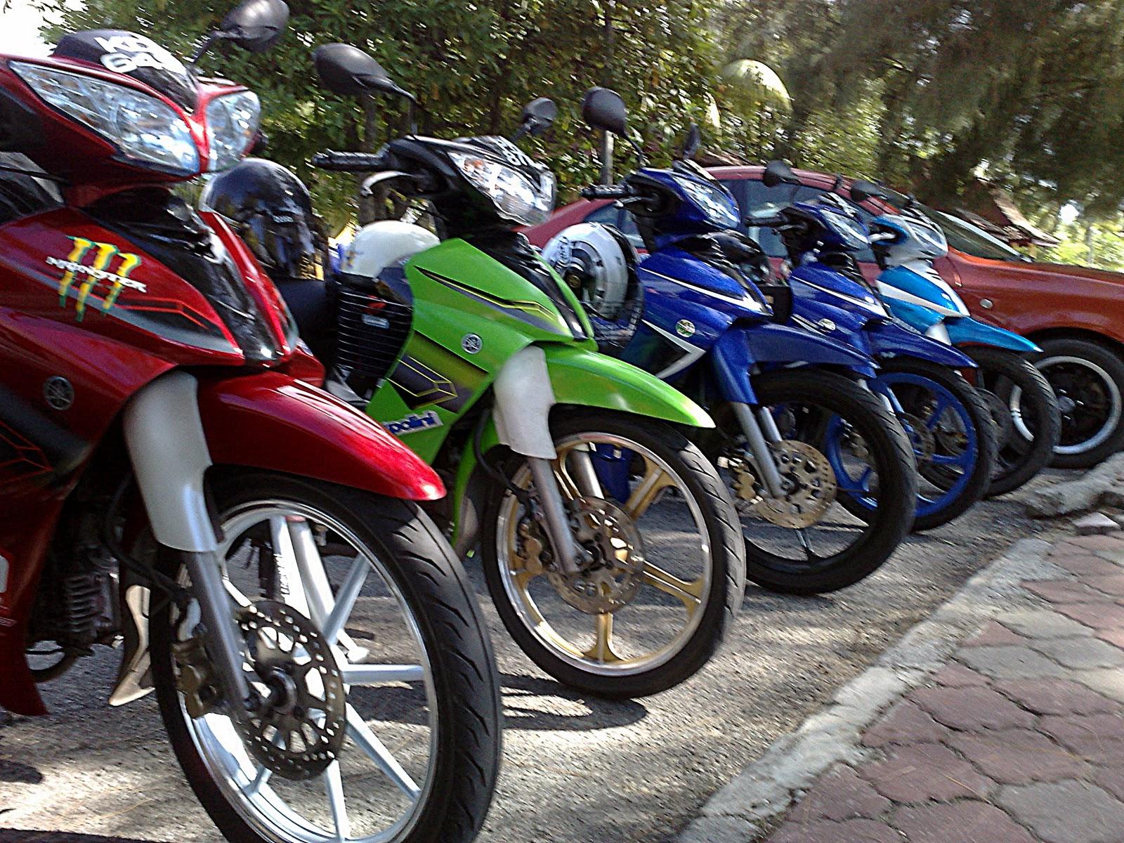 Yamaha Legenda 115z Limited Edition Bebek Rasa Motor Motogp Tim