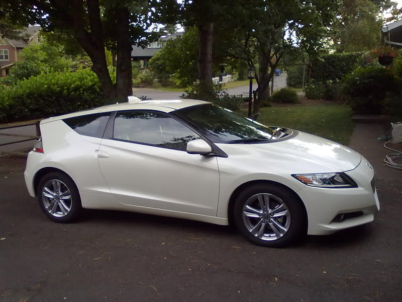 In The Driveway This Week Is 2017 Honda Cr Z Ex Yes It S Two Door Seater Hybrid Frankly I Think White Color Like Better