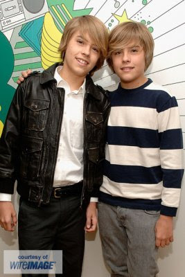 GossipsForYou: Celeb Life Trip : Dylan and Cole Sprouse ...
