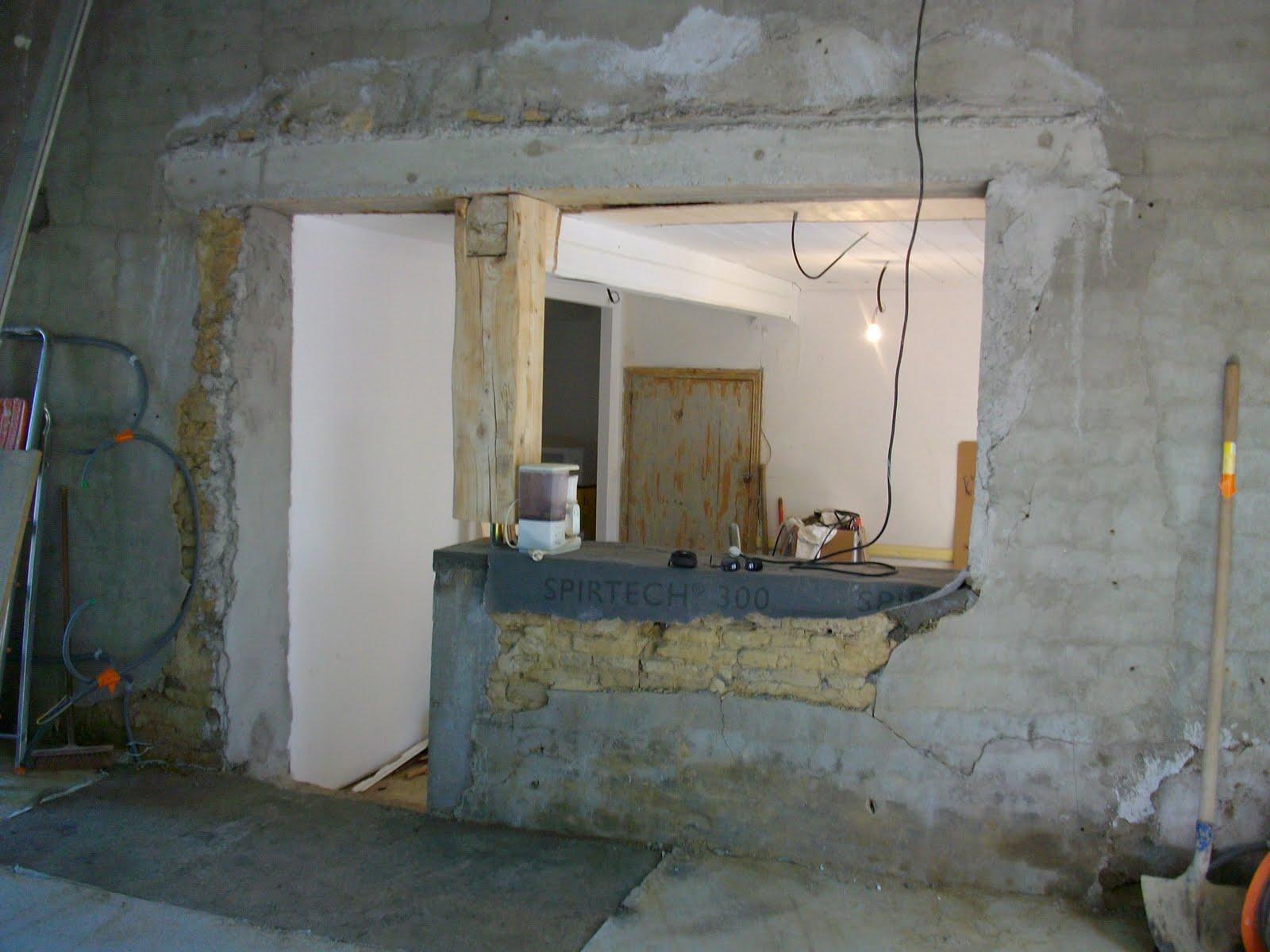 chantier maison trebons sur la grasse l 39 ouverture entre le salon et la cuisine est d gag e. Black Bedroom Furniture Sets. Home Design Ideas