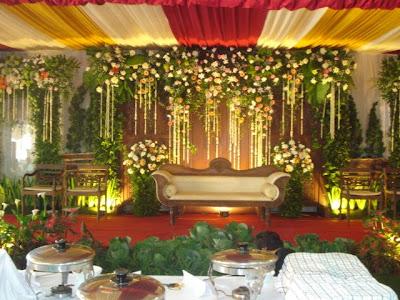 florist & decoration: dekorasi pelaminan