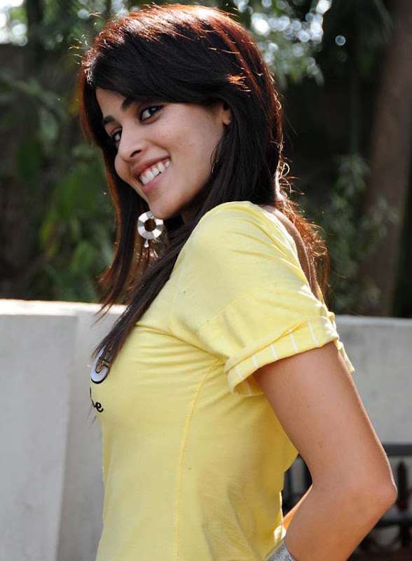 Geneliahot south Indian actress sexy boob show in tight outfitseducing exposuresHQ gallery wallpapers
