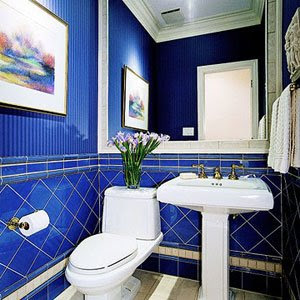 cobalt blue bathroom tile decor design colorful bathroom 17787