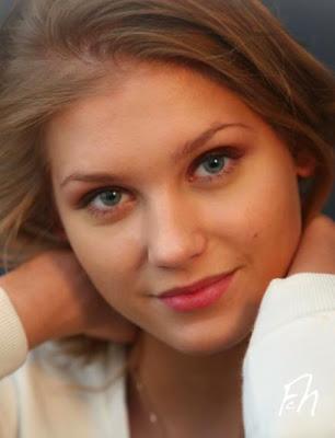 Чистка лица в Photoshop CS5.Портретная пост-обработка фотографии.