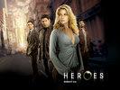 Ali Larter in Heroes Wallpaper 3
