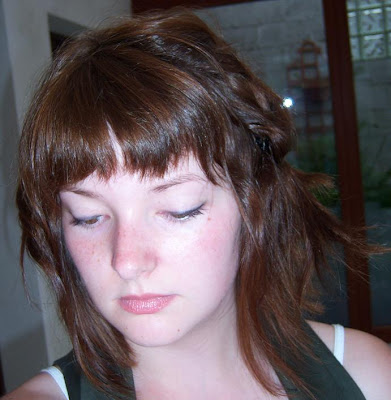 Tenues du jour et idée coiffure pour cheveux courts
