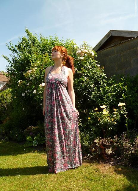 Tenue du jour : une robe longue qui sent bon l'été