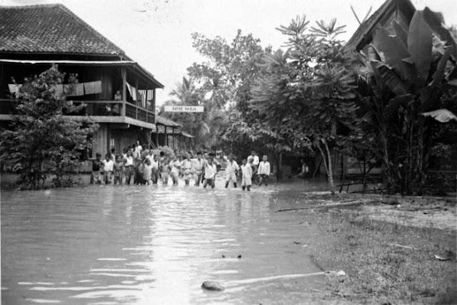 Lowongan Kerja 2013 Berniaga Jasa Info Lowongan Kerja Terbaru Olxcoid Baba Tours Travel Foto Baturaja Tempo Dulu