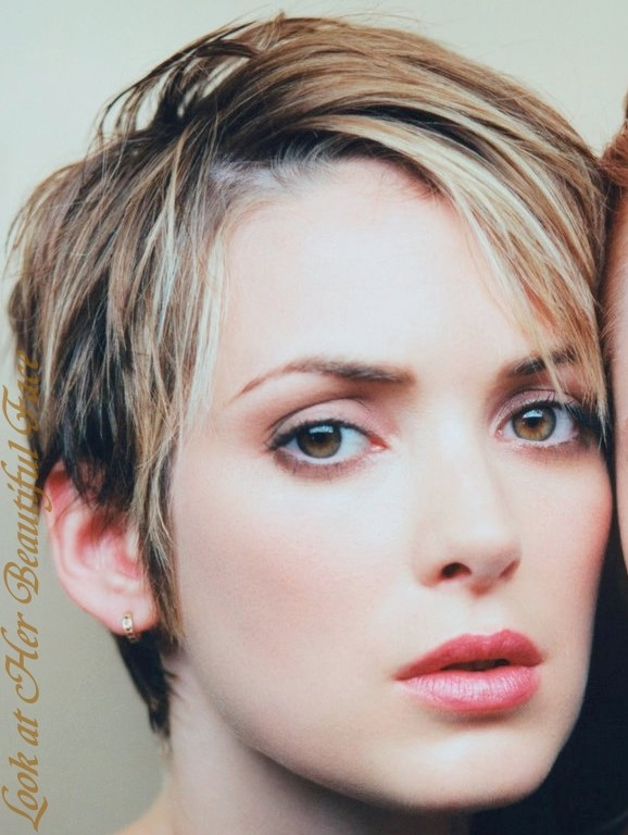 Look At Her Beautiful Face Look At Winona Ryder Beautiful