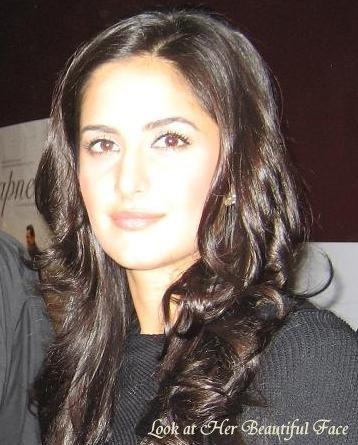 Look At Her Beautiful Face: Look At Katrina Kaif Beautiful ...