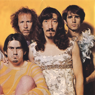 Frank ZAPPA (ex autre son de cloche) Frank_Zappa_-_We%C2%B4re_Only_In_It_For_The_Money_-_Front+2