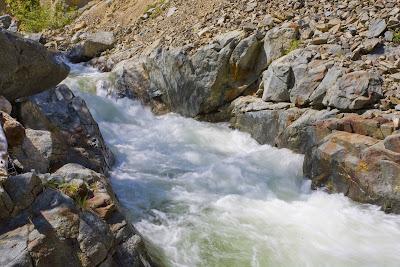 Trinity Alps Photo: Coffee Creek