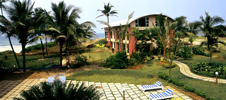 The Beach House Goa Is Located About 6 Kilometers From Madgaon And 27 Dabolim Airport Conveniently Placed So