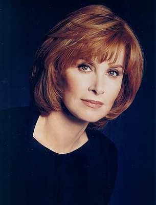 "to Hart"" actress Stefanie Powers ."