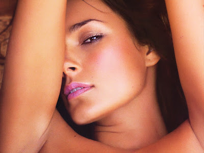 Alena Seredova very sexy wallpapers