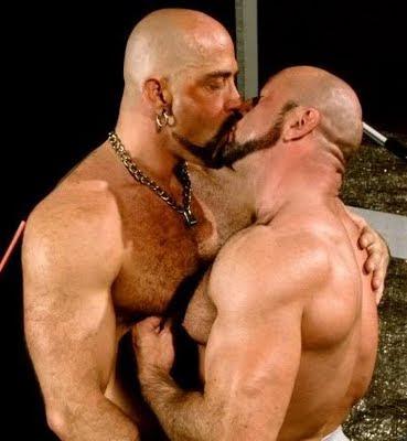 racconti gay orsi italiani Ragusa