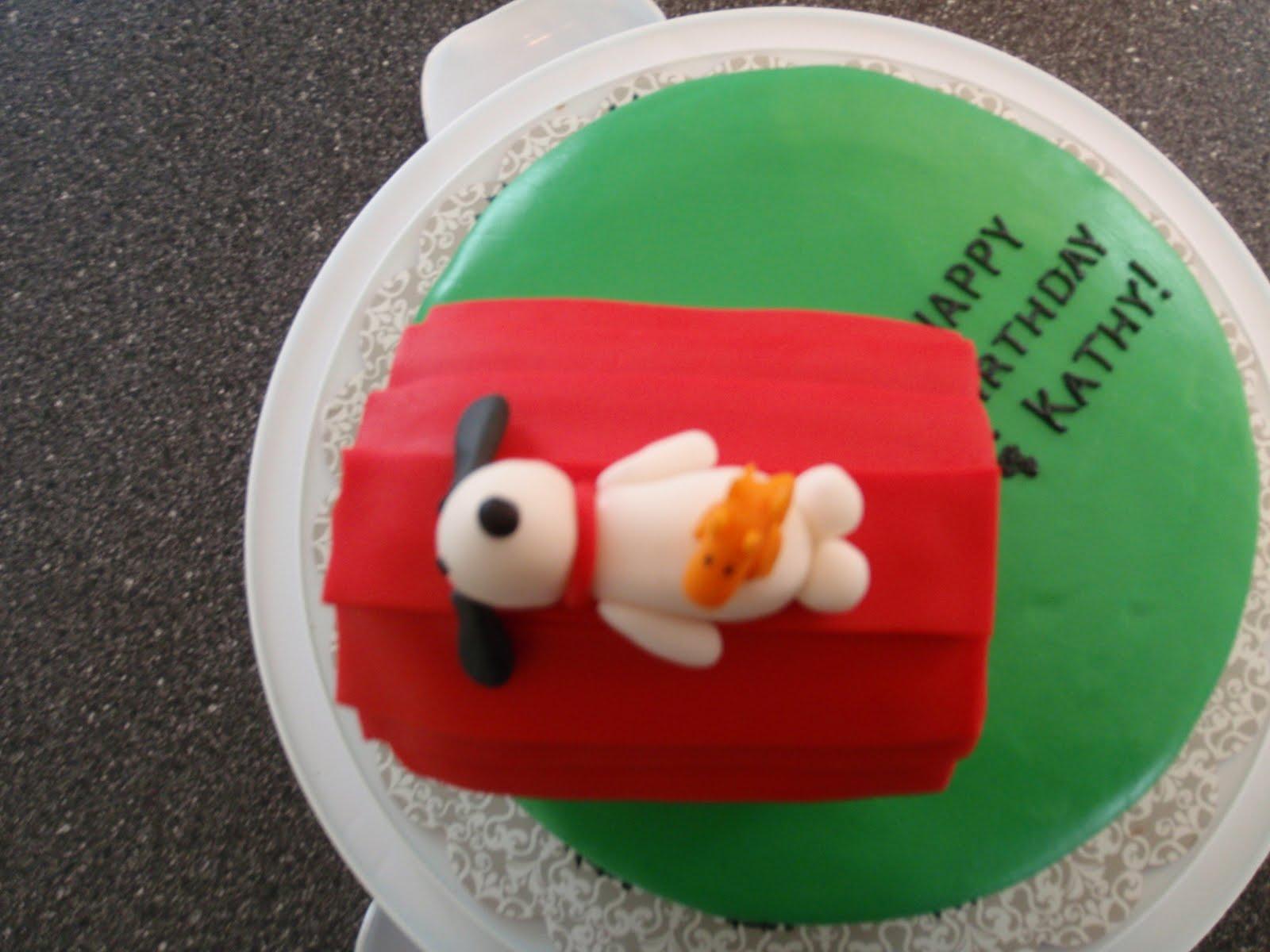Sarah S Piece Of Cake Snoopy Cake For Kathy