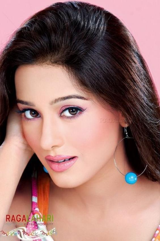 Most Popular Video Bollwood Amrita Rao