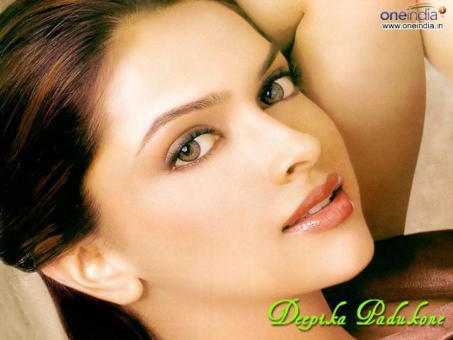 Most Popular Video Bollwood Deepika Padukone-3823
