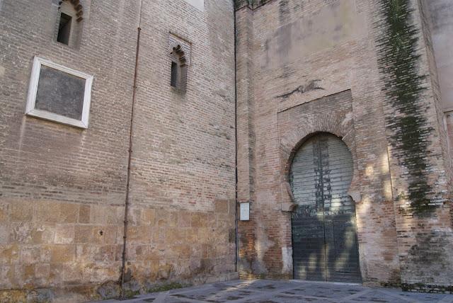Resultado de imagen de PUERTA DEL LAGARTO del la catedral de sevilla