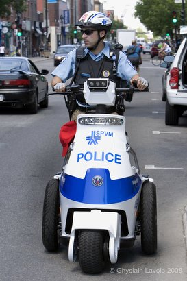 Triporteur Police Mtl