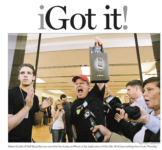San Jose Mercury News image of me getting first iPhone