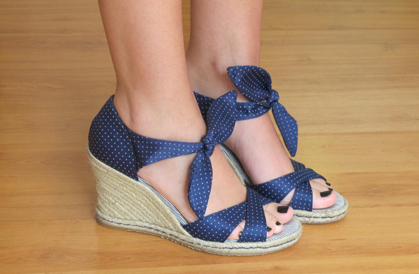 image Meus pezinhos em sandalia plataforma alta branca